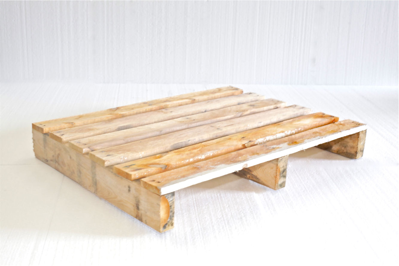 Display pallet 80x60 balk