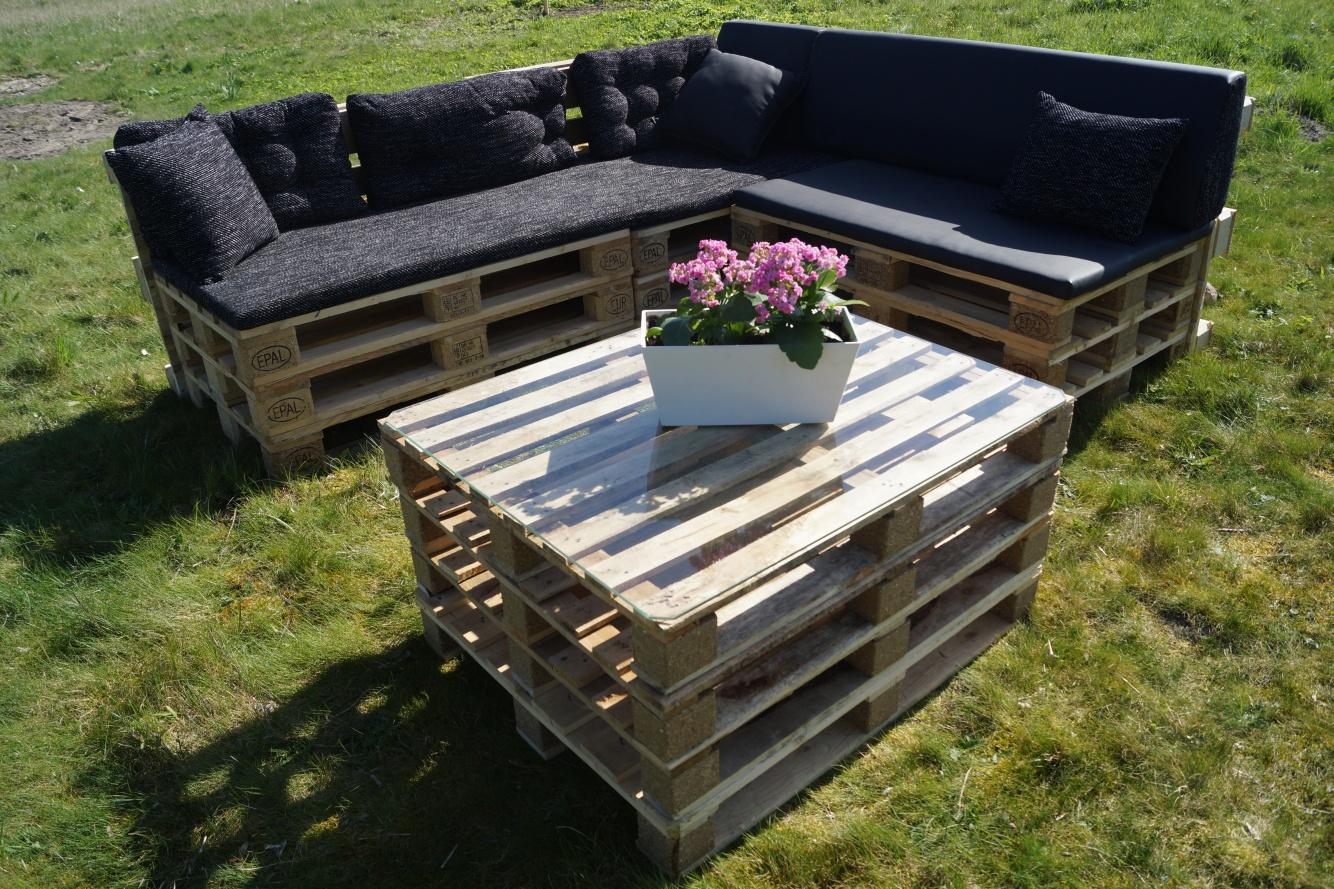 Loungebank van pallets maken